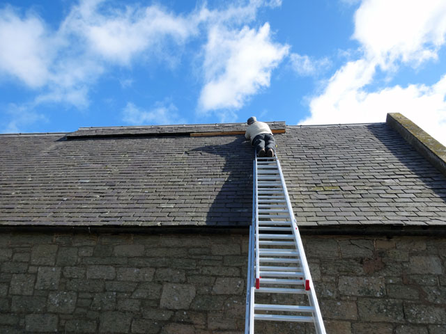 commerical roofing side image